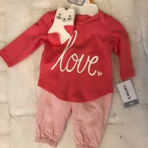 NWT Carter's Newborn Outfit